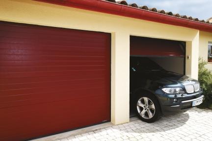 Les portes de garage mille fen tres for Porte de garage sectionnelle sans linteau